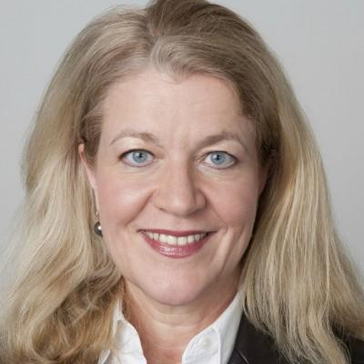 Andrea Stoll | scenario | agentur für film und fernsehen GmbH